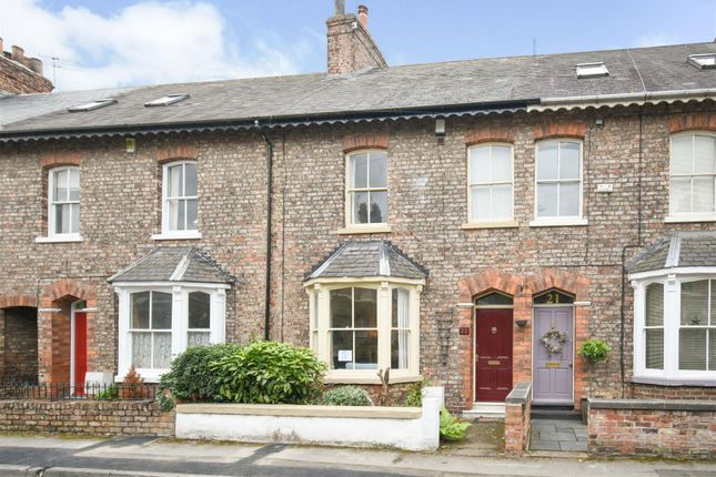 Thumbnail Town house for sale in Sandringham Street, York