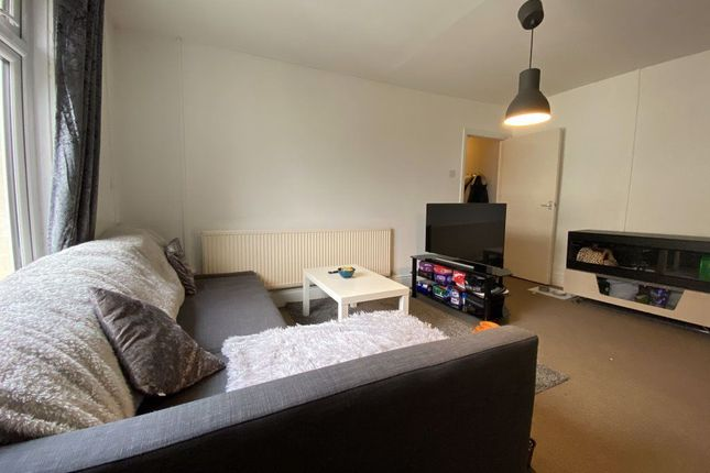 1 bed flat to rent in Richmond, Richmond Road, Cathays, Cardiff CF24