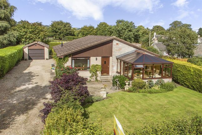Thumbnail Bungalow for sale in Fingask, Myreriggs Road, Coupar Angus Road, Blairgowrie