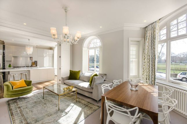 Thumbnail Flat for sale in Franklins Row, Chelsea