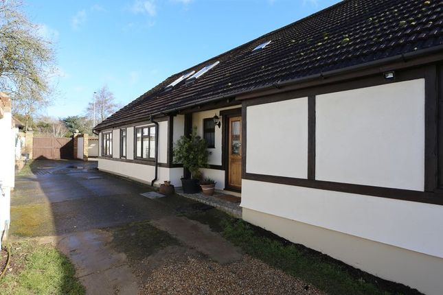 Thumbnail Detached bungalow for sale in Bath Road, Hare Hatch, Reading