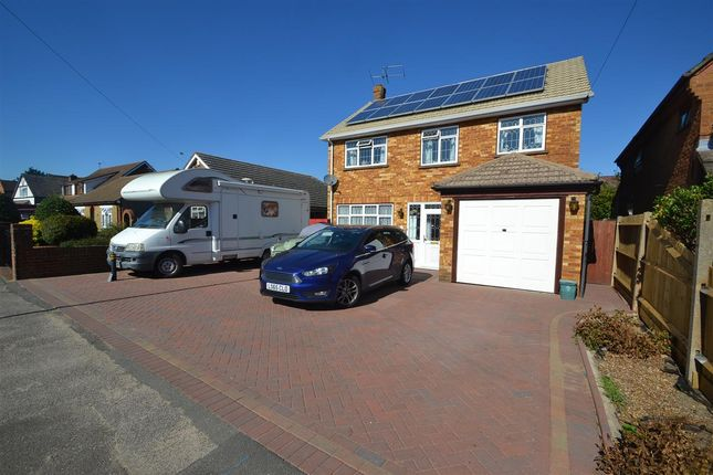 Thumbnail Detached house for sale in Glenfield Road, Ashford