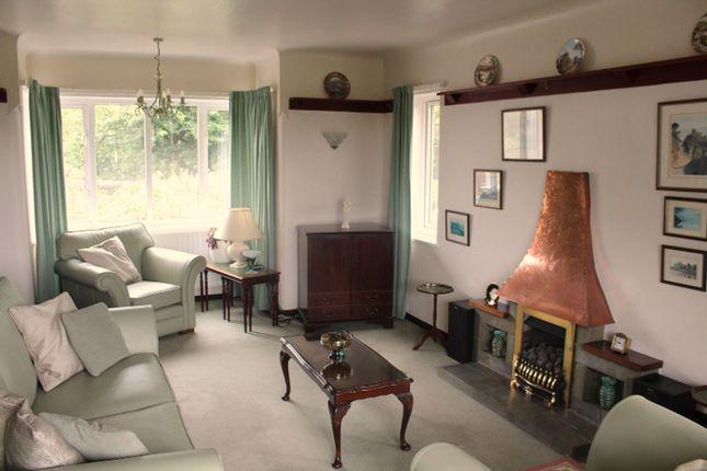 Lounge of Pentrefelin, Amlwch LL68