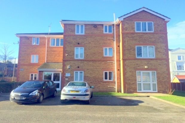 Flat in  Apt   St Marks Court  Devonshire Road  Oxton C Liverpool