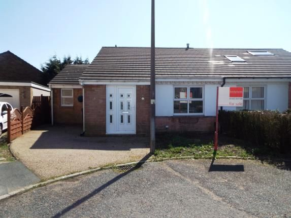 Thumbnail Bungalow for sale in Withens Hill Croft, Illingworth, Halifax, West Yorkshire