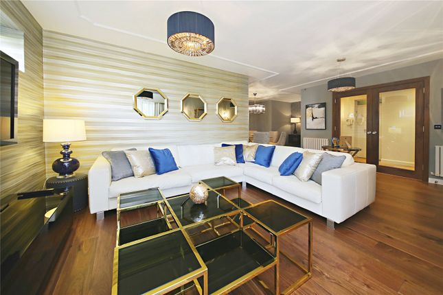 Thumbnail Flat to rent in The Polygon, Avenue Road, London