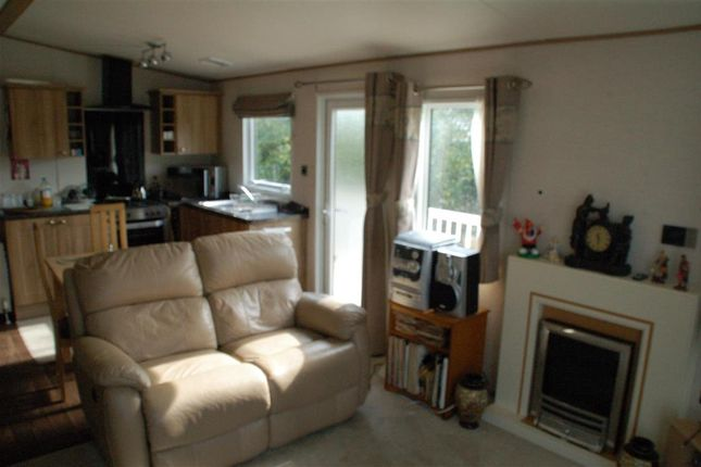 Lounge / Kitchen of Reach Road, St. Margarets-At-Cliffe, Dover, Kent CT15