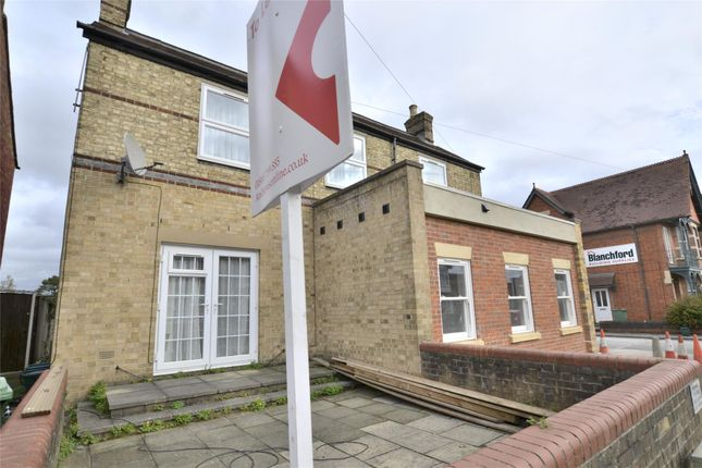 1 bed flat to rent in Windmill Road, Headington, Oxford