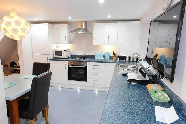 Annexe Kitchen of Hill Head Road, Hill Head, Fareham PO14