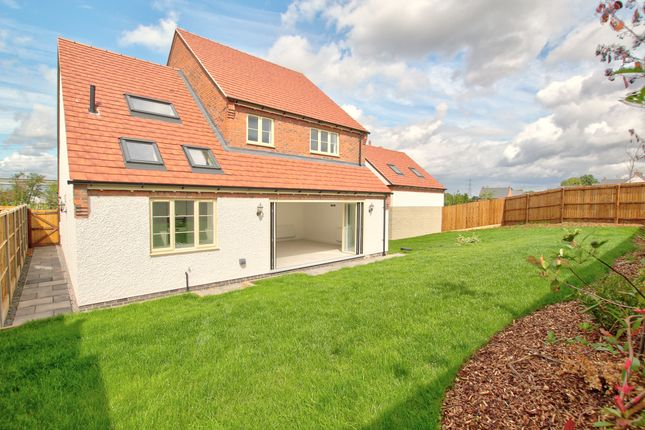Thumbnail Detached house for sale in Spencer Close, Glenfield