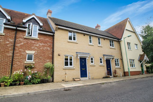 Thumbnail Terraced house to rent in Bulrush Crescent, Bury St. Edmunds
