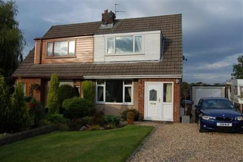 Thumbnail Bungalow to rent in Robin Close, Charnock Richard