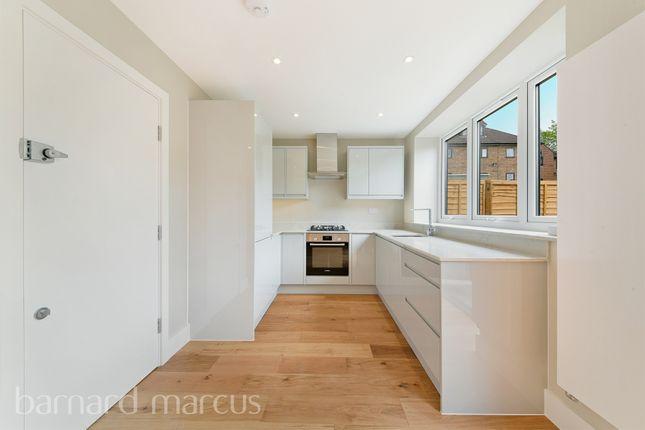 Thumbnail Flat for sale in Orchard Court, Parkgate Road, Wallington