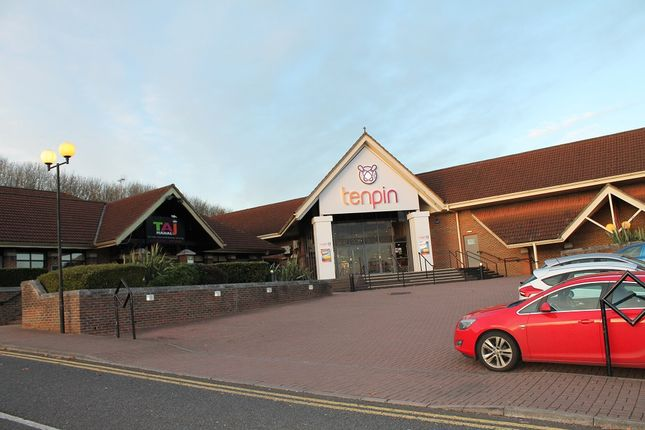 Thumbnail Restaurant/cafe to let in Shawridge Leisure Park, Swindon