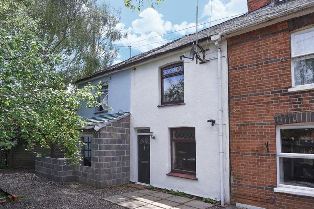 Thumbnail Terraced house for sale in Newbury, Berkshire