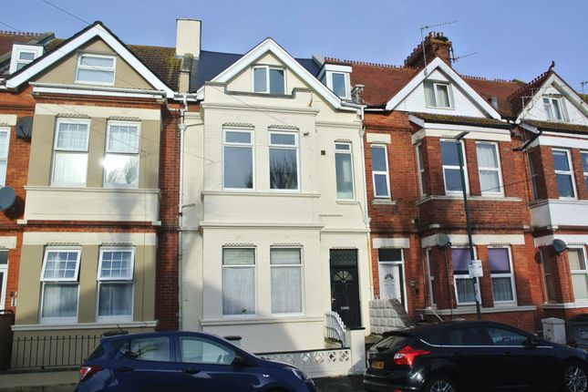 4 bed flat for sale in Windsor Road, Boscombe, Bournemouth BH5