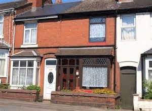 Thumbnail Terraced house to rent in Broad Lanes, Bilston