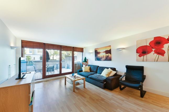 2 bed flat for sale in Naylor Building West, Assam Street, London