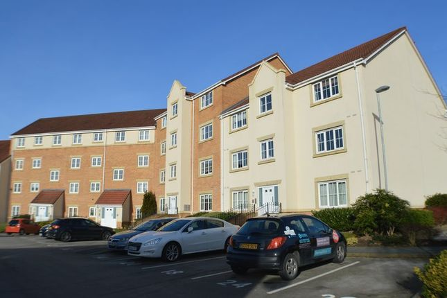 Flat for sale in Bayleyfield, Hyde