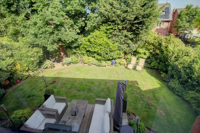 Garden View of Houghton Close, Northwich CW9