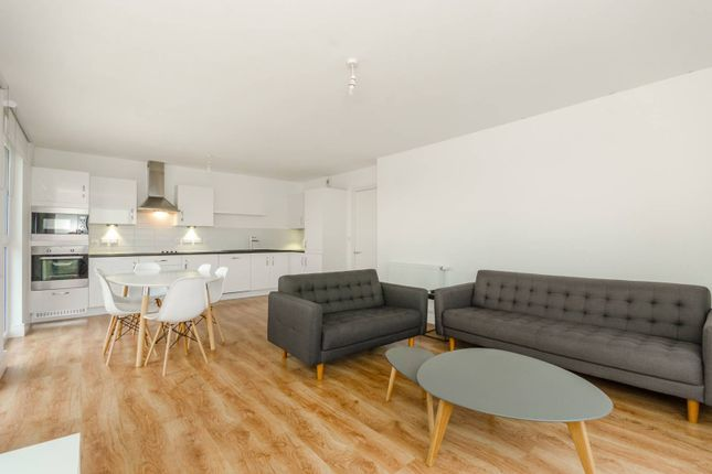 Thumbnail Flat to rent in London Road, Barking