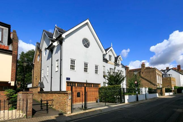 Thumbnail Semi-detached house to rent in Church Street, Old Isleworth