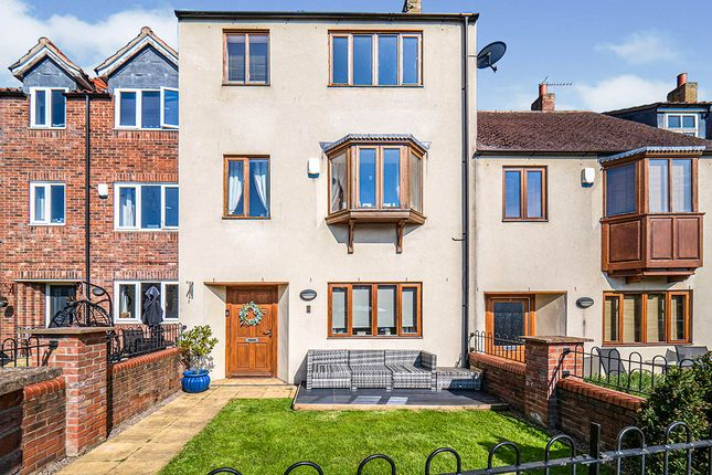 Thumbnail Terraced house for sale in High Green Court, Bridlington, East Yorkshire