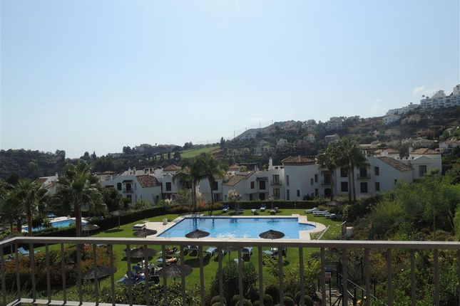 3 bed apartment for sale in Los Arqueros, Costa Del Sol, Andalusia, Spain