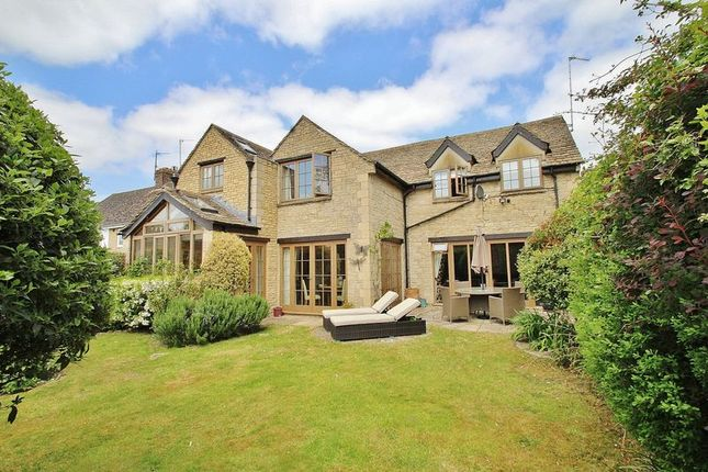 Thumbnail Detached house for sale in Stanton Harcourt Road, Witney