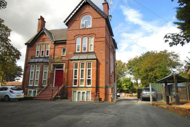 Thumbnail Flat to rent in Cavendish Road, Ellesmere Park, Eccles, Manchester