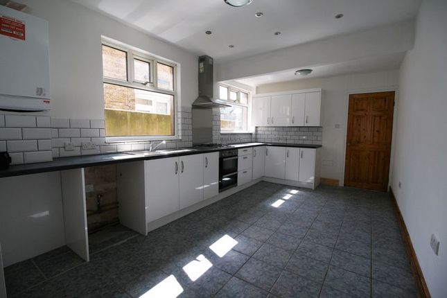 Thumbnail Terraced house to rent in Newport Road, London