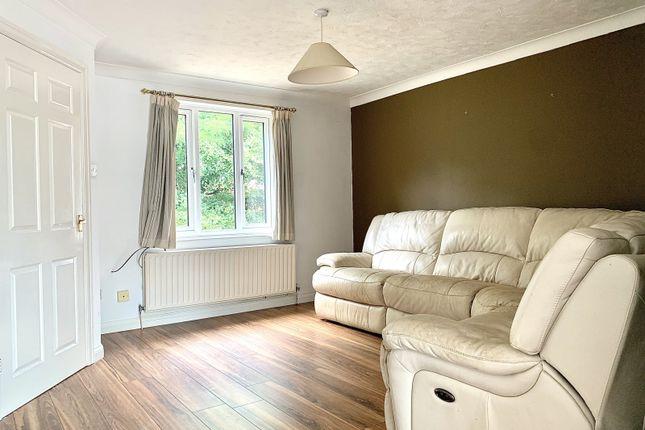 Picture No. 05 of Baron Road, Hamble, Southampton SO31