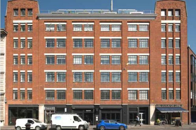 Thumbnail Office to let in Charterhouse Street, London