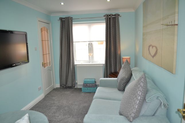 Moorfield Crescent Airdrie Ml6 4 Bedroom Detached House
