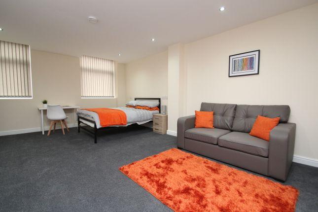 Thumbnail Flat to rent in Bradshawgate, Bolton