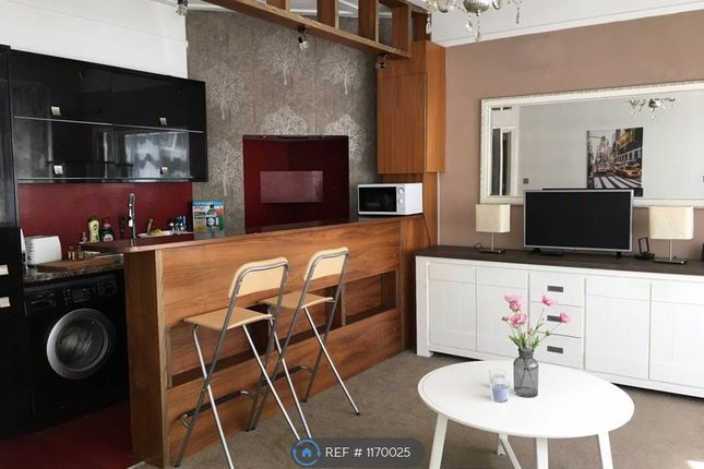 1 bed flat to rent in Queens Road, London NW4