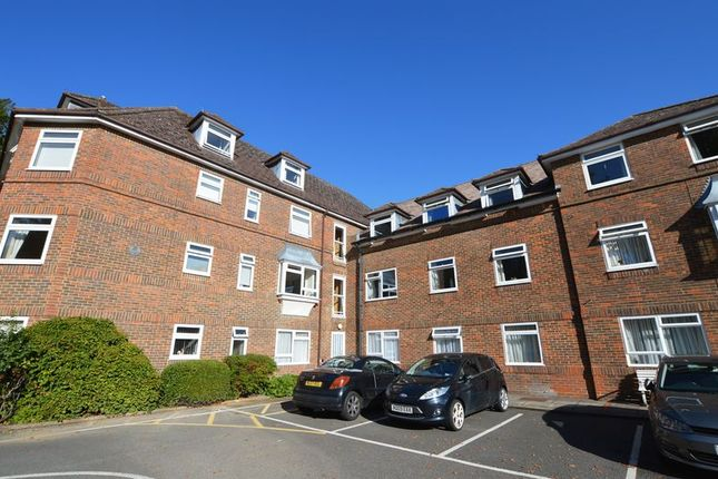 Thumbnail Property for sale in Ladyplace Court, Market Square, Alton, Hampshire