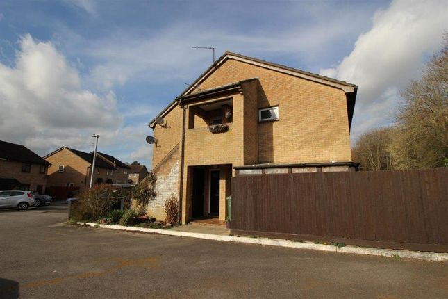 Thumbnail Terraced house to rent in Danvers Mead, Chippenham