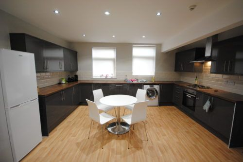 Thumbnail Terraced house to rent in 31 Cardigan Road, Headingley
