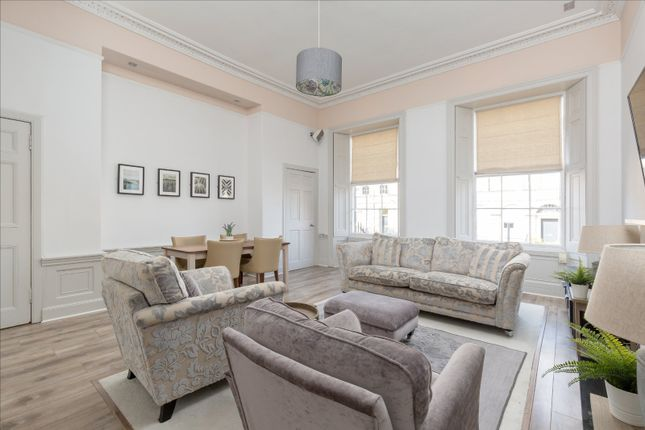Thumbnail Flat for sale in 25 Broughton Place, New Town, Edinburgh