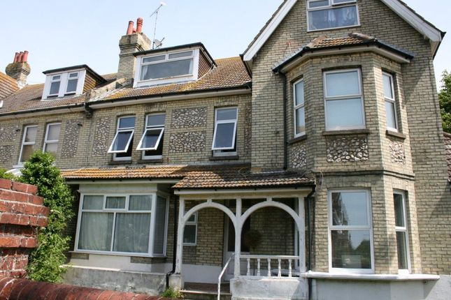 1 bed flat to rent in Carew Road, Eastbourne