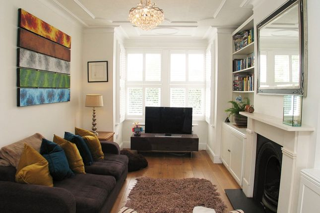 Thumbnail Town house to rent in Meadvale Road, London