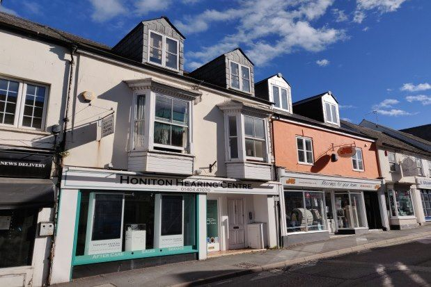 2 bed flat to rent in 12 New Street, Honiton EX14