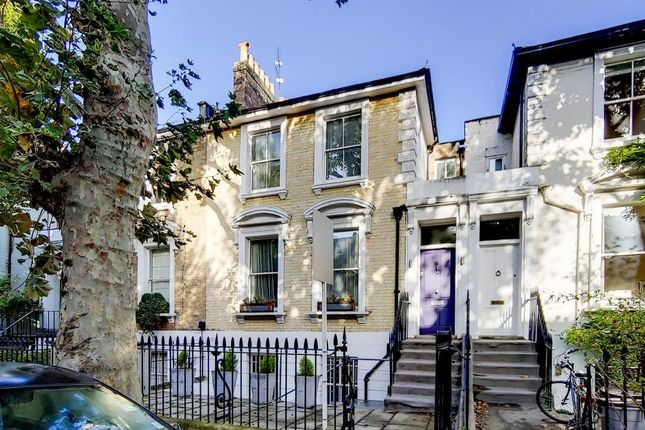 Thumbnail Property to rent in Walham Grove, Fulham, London