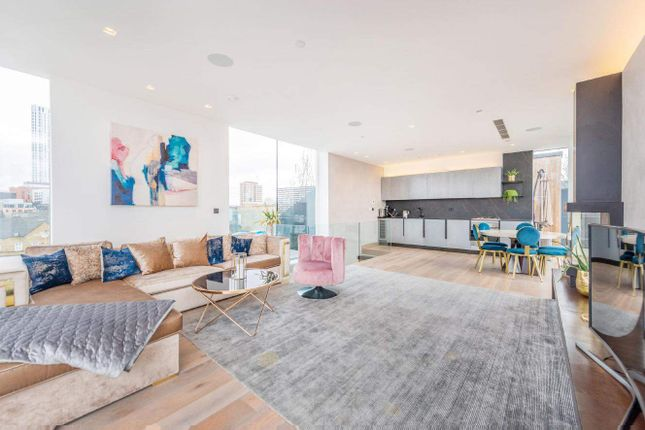 Thumbnail Penthouse for sale in Hoxton Square, London