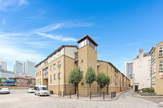Picture No. 08 of Vantage Mews, London E14