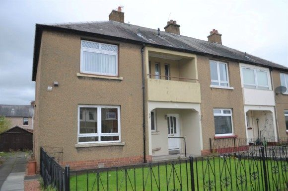 Thumbnail Flat to rent in Tweed Street, Grangemouth