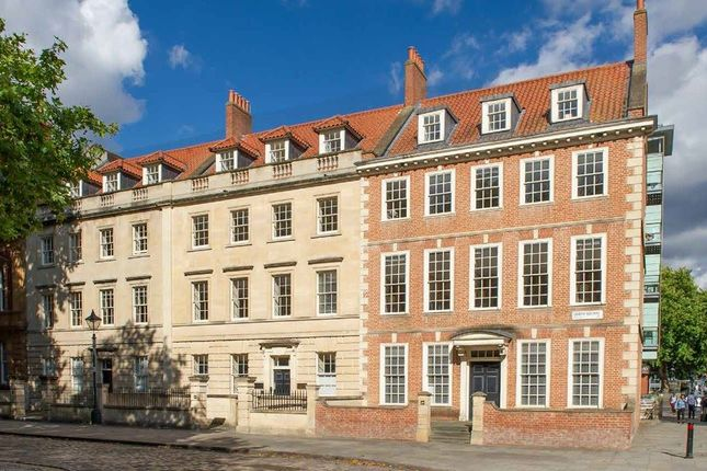 Thumbnail Office to let in 22-24 Queen Square, Bristol