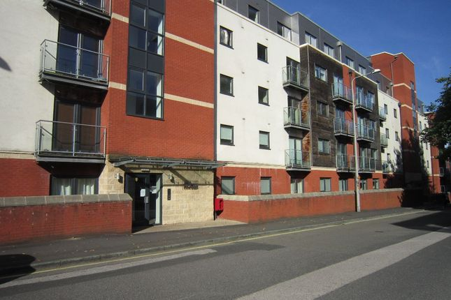 Flat to rent in Lawson Street, Preston