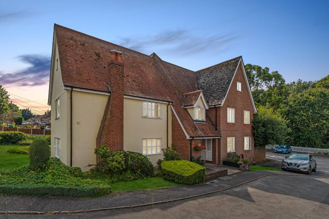 Thumbnail Flat for sale in Rectory Road, Rowhedge, Colchester
